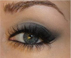 Soft Cat Eye MakeupMakeup Tutorials, Soft Cat, Eye Makeup, Cat Eye, Bridesmaid Makeup, Blue Eye, Taylors Swift, Smokey Eye, Hoods Eye
