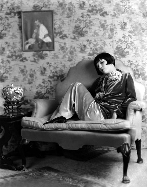 Louise Brooks, 1920s. | More on the myLusciousLife blog: www.mylusciouslife.com