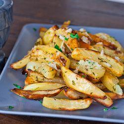 Roasted Potatoes With Garlic Sauce