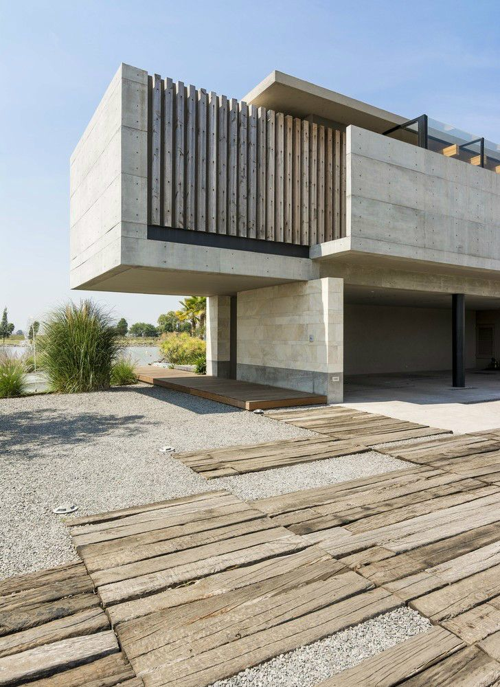 Palermo Lake House by Reims Architecture
