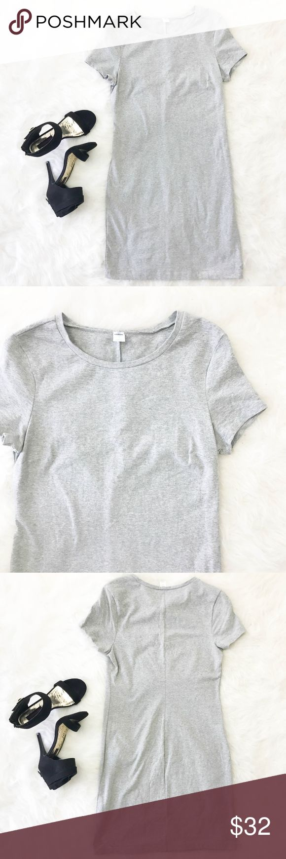 """Old Navy Dress T-shirt Bodycon Medium Gray Sheath Old Navy Women's Dress T-shirt Bodycon Medium Short Sleeve Gray Sheath Stretch   Type: Dress  Style: Bodycon, T-shirt, Sheath  Brand: Old Navy  Material: 93% Cotton 7% Spandex  Color: Gray  Measurements: Bust: 18"""" Waist: 16"""" Length: 36""""  Condition: No snags, pilling, or stains. RUNS SMALL, PLEASE REFERENCE MEASUREMENTS.  Country of Manufacturer: Indonesia  Listing is for Dress ONLY. Anything else in the photos is NOT included. Old Navy…"""