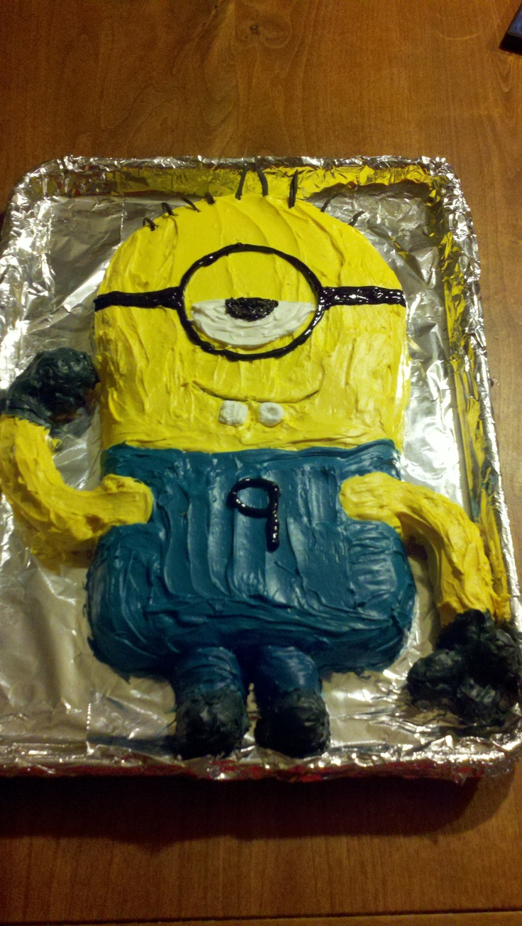 746fb019689e79a1236ed6f2b2de94ec  square cake pans round cake pans Minion Birthday Cake Pan