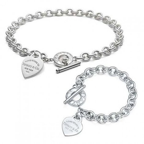 Tiffany Heart Necklace and Bracelet, my two favorite pieces of jewelry, i never take them off
