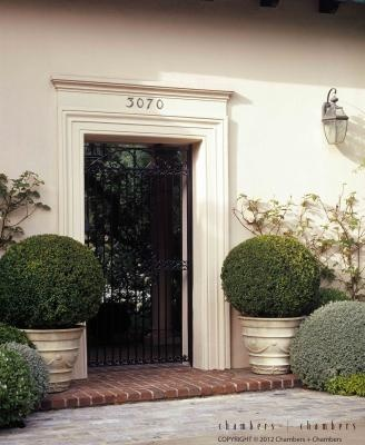 Front door trim number and potted urns & 118 best Entrance Door images on Pinterest | Architecture Colors ... pezcame.com