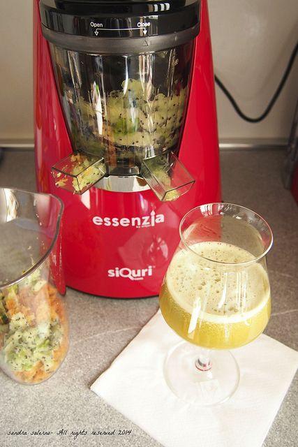 Il mio pranzo con Essenzia, estrattore di succo vivo by Siquri