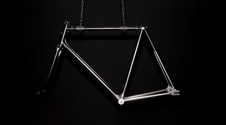 H-002 by Heritage-Paris Photo: C-reel.com #bicycle #frame #heritageparis #bespoke #photography #fixedgear #fixie #pignonfixe #luxe #luxury #H002 #dark #black #davidfrancois #madeinfrance #handmade #unique #handcrafted