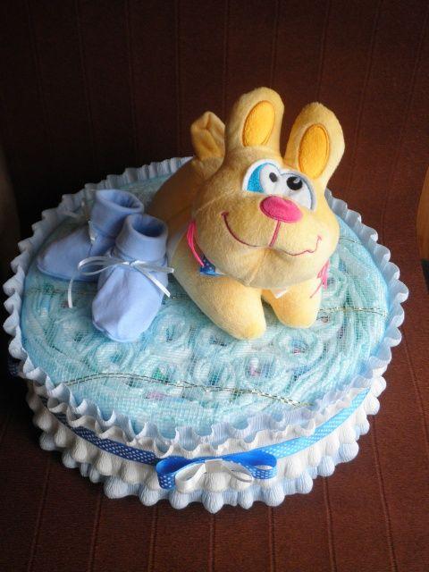Одноярусный торт из памперсов