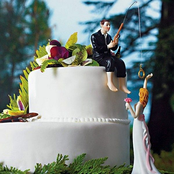 Show off your prize catch with this whimsical 'Hooked on Love' fishing groom cake topper.