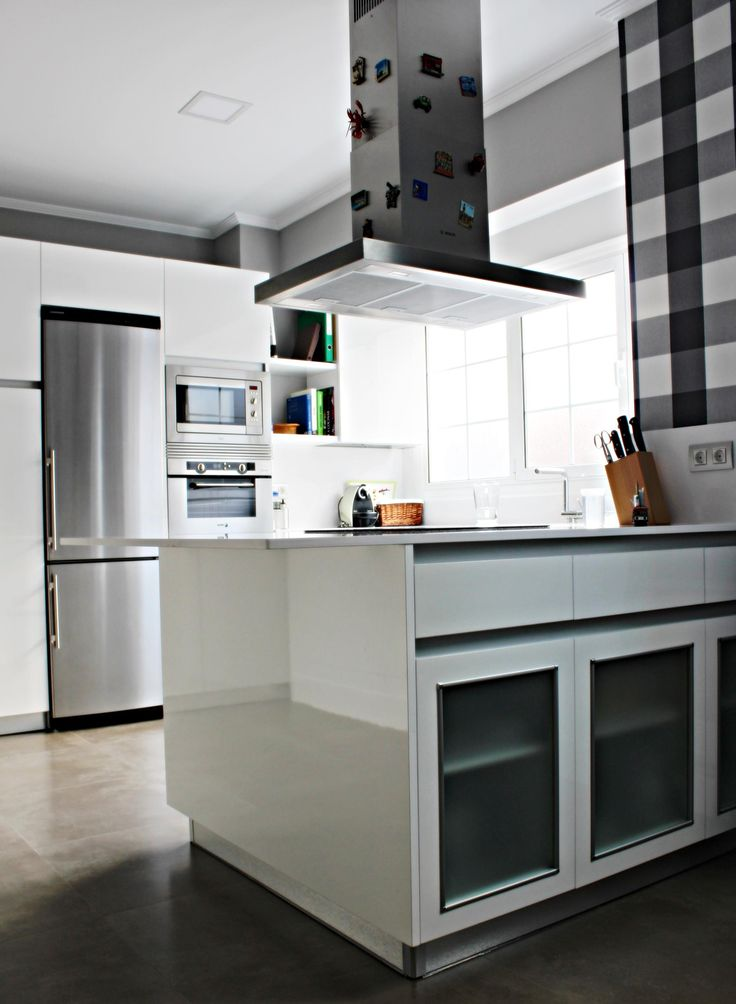 17 best images about distribuidores on pinterest amigos bilbao and colors - Muebles de cocina bilbao ...