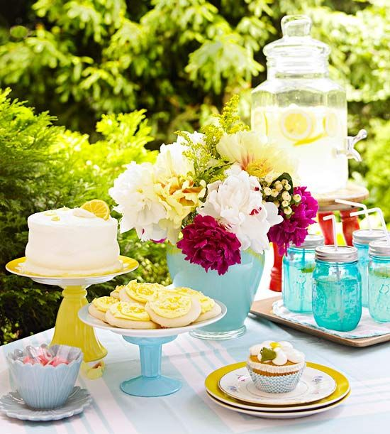 Take those glass flea market finds and create pieces perfect for entertaining. Make a do-it-yourself cake stand, etched flower vases, and so much more.