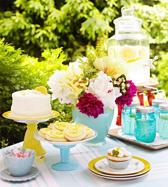 Update Vintage FindsParties, Updates Vintage, Thrift Stores, Cake Stands, Mason Jars, Painting Glassware, Cake Plates, Vintage Finding, Vintage Finds
