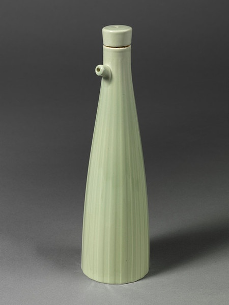 'Weekday Weekend' oil bottle and stopper of earthenware and with a green fluted design, designed by Simon Stevens, made by Josiah Wedgwood & Sons Ltd., Stoke-on-Trent, 1998.