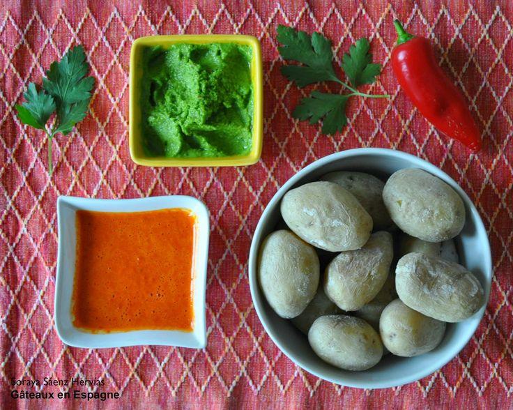 Pommes de terre au gros sel avec une sauce typique des Îles Canaries