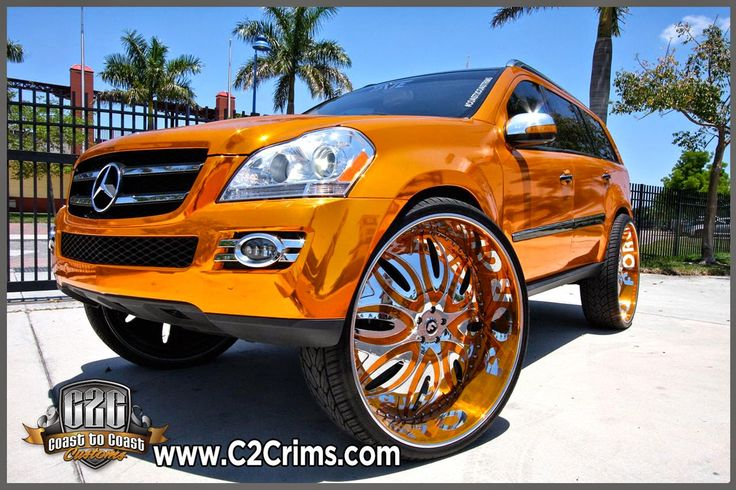 Mercedes-Benz GL-450 on 32 inch Forgiato's Orange Chrome Wrap