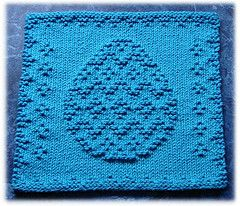 Knitted Dishcloth Patterns For Easter : Ravelry: Easter Egg Dishcloth pattern by Rachel van Schie Knit patterns P...