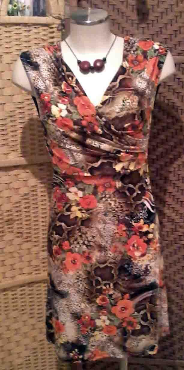 collana abito collezione p/e 2014 — presso Neo.chiC.