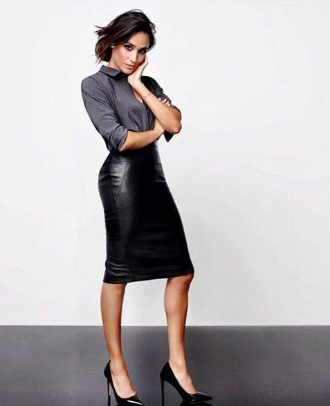 Meghan Markle - leather skirt