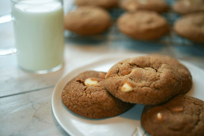 White chocolate ginger snap cookies               My sister, Gina, is an incredible baker.                      She makes desserts th...