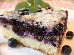 Borůvkový drobenkový koláč