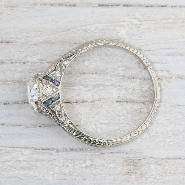 I am very very VERYY in love with this ring!! O.O  <3     Image of 1.03 Carat Vintage Sapphire & Diamond Engagement Ring