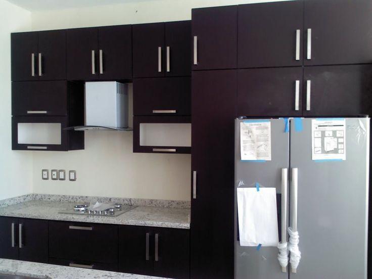 Galer a cocinas integrales cocina y closets marba for Disenos de cocinas en espacios pequenos