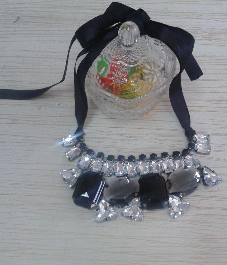 Collar Badill