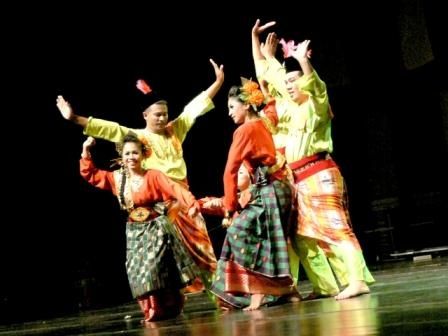 Melayu Dancers