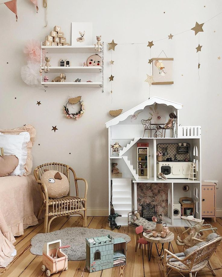 Check this out! I quite simply love this color choice for these #forestgirlsroom…