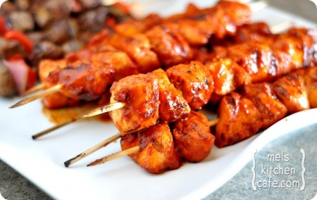 BBQ chicken kebabs: Bbq Sauces, Maine Dishes, Kebabs Recipes, Chicken Kabobs Recipes, Bbq Chicken, Summer Bbq, Chicken Skewers, Cookout Recipes, Chicken Kebabs