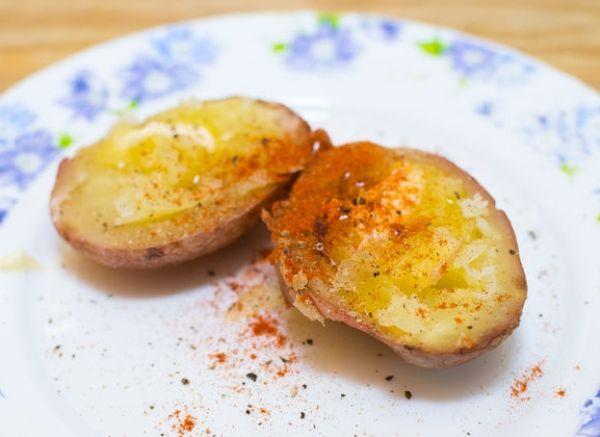 Простой рецепт картошки в фольге