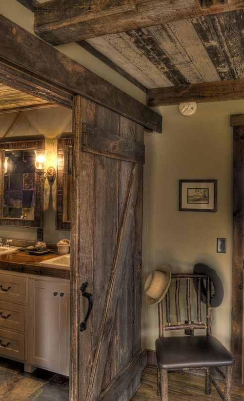 HOME DECOR – RUSTIC STYLE – love the barn door between the bedroom and bathroom . . . and the ceiling is amazing! ♥