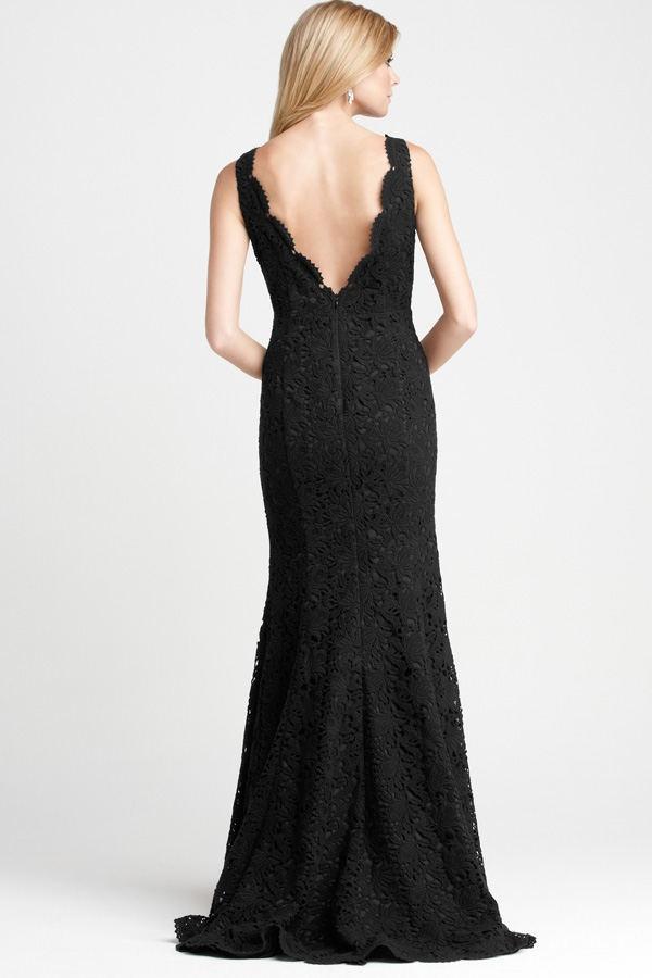 dying my wedding dress black..