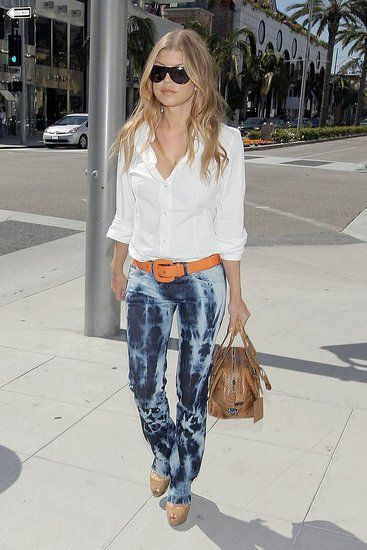 Fergie spotted 2010 in tie dye pants