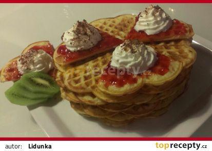 Křupavoučké vafle recept - TopRecepty.cz