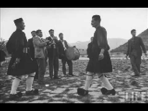 """Trigona"", one of my favorite traditional Greek folk tunes, performed by Kristi…"