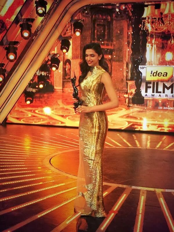 Deepika Padukone at Filmfare Award 2014