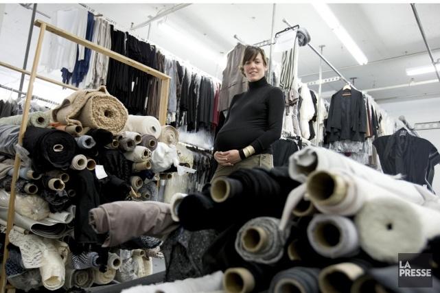 En 2009, elle a lancé son label éponyme destiné à la femme de carrière, après un passage remarqué à l'émission de téléréalité La collection. Depuis, d'une saison à l'autre, elle dessine sa marque et affirme sa signature, au point d'avoir séduit le jury de la bourse Target pour les créateurs émergents. Rencontre avec la star de la Semaine Mode Montréal, la designer (et nouvelle maman) Mélissa Nepton.
