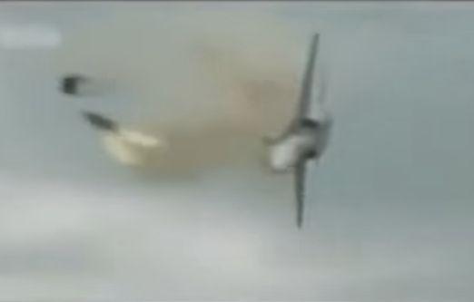 WORST PLANE CRASHES CAUGHT ON CAMERA http://ift.tt/2bxneM5