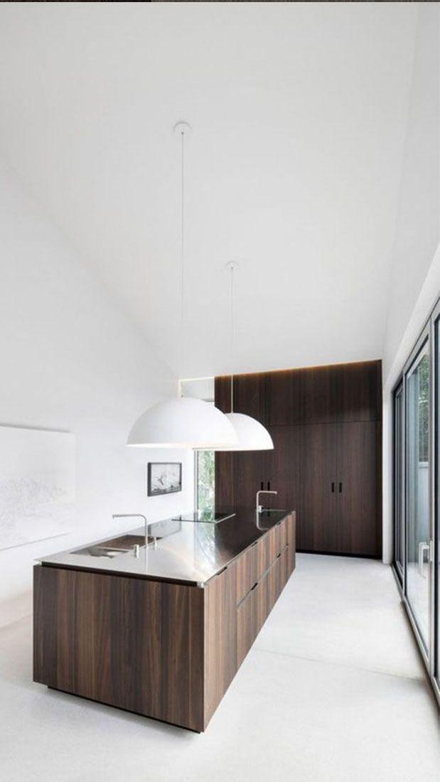 Modern kookeiland voorzien van hoogwaardige afwerking #keuken #design #modern