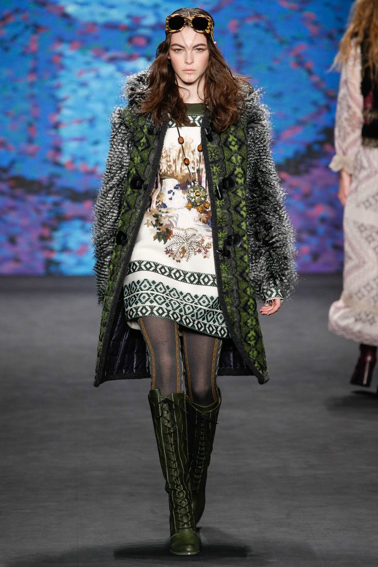 Anna Sui - Fall 2015 Ready-to-Wear - Look 18 of 52