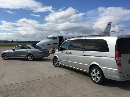 Whenever you plan to travel to London for the first time or are a regular business dealer who have to visit the city quite often, then you should know that private London airport cars are great if you are not acquainted with the local driving rules and regulations.