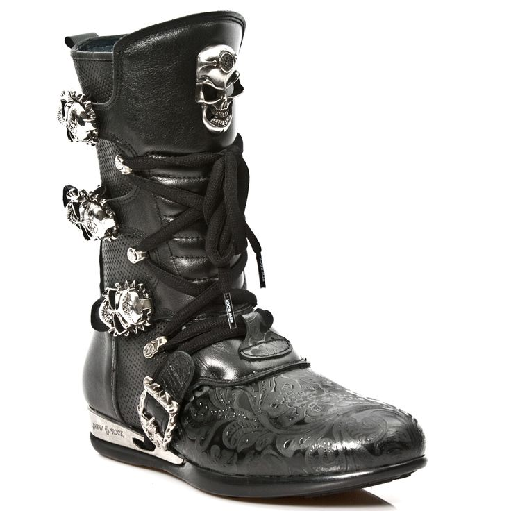 Quality Black Leather hybrid boots w paisley pattern. Lacing up the front, Easy Zip on inner leg,  3 Skull buckles to adjust for comfort and fit.  Metal on the heels.  Available in all Unisex Sizes. This Pair ships out within a week and a half of order.  NOW ONLY $249.99 w Shipping Included! http://www.newrockbootsusa.com/Black-Leather-Hybrid-Boots-w-Black-Paisley-pattern_p_2481.html