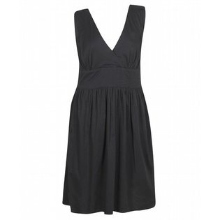 plus length dresses black