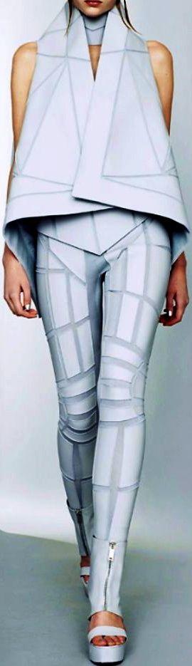 JOJO POST FASHION: wearable technology. Modern, Insane Cyberpunk Hair, futuristi