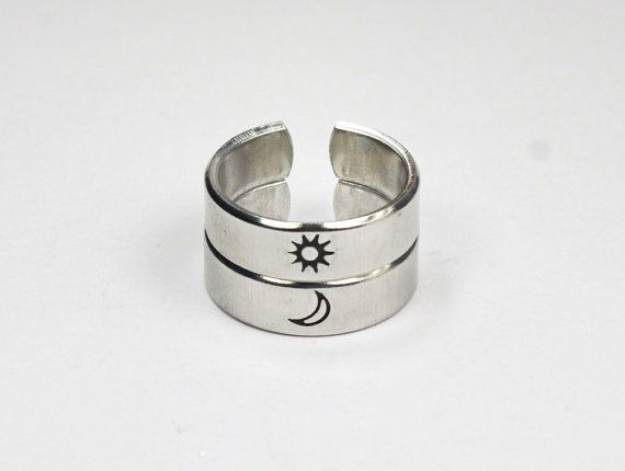 Simple yet meaningful sun and moon rings.  Love and friendship, day and night!  This list is for one ring, please select sun ring or moon ring.