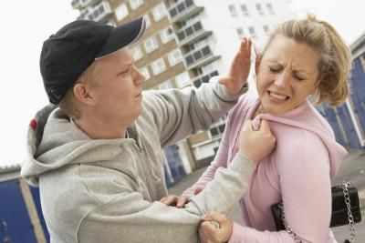 Abusive Relationship Facts | LIVESTRONG.COM