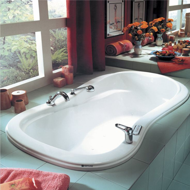 Produits Neptuneu0027s Podium Bathtub With Beautiful Curves / Pénélope  Collection