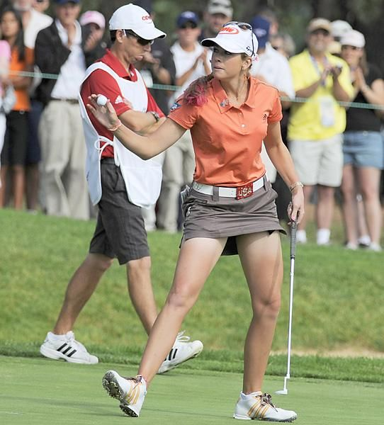 Female Golfer Creamer   Oh my, Paula almost flashed her ...