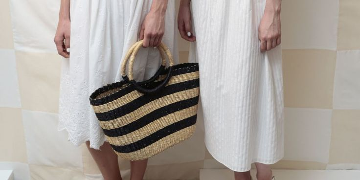 A woven beach bag—carried on vacation or in the city—brings good summer vibes to any outfit. Shop the 20 best bags on the market.