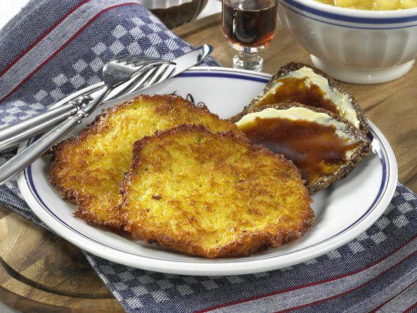 Rheinische Küche - Reibekuchen, Sauerbraten & Co. - rievkuchen  Rezept